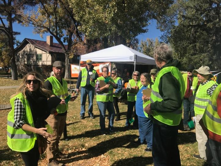 Volunteers get instructions