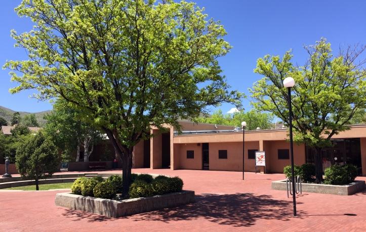 campus-summer-bldg1